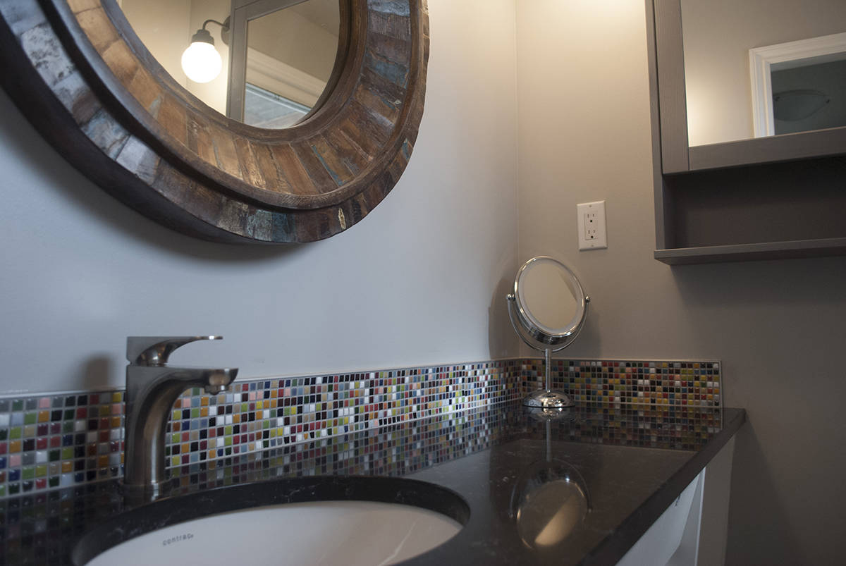 Ensuite Bathroom Edmonton renovations contractor - kitchen, bathroom & basement remodeling
